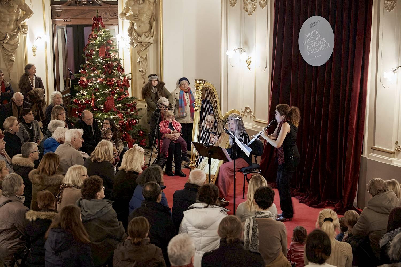 3d74861c6c5 Musical Advent Calendar - Extra - Opernhaus Zürich