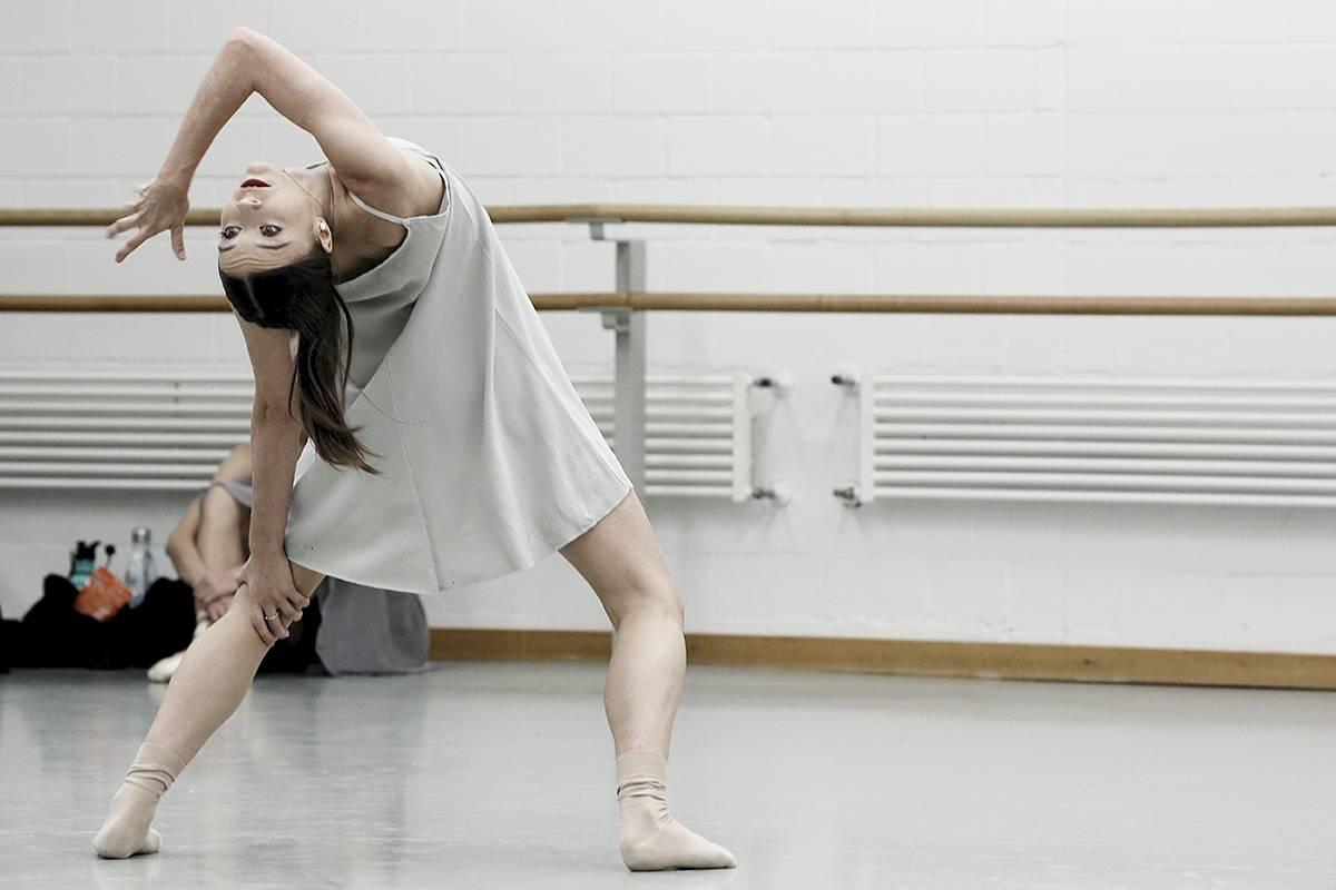 Nackt klassisches ballett Nackt
