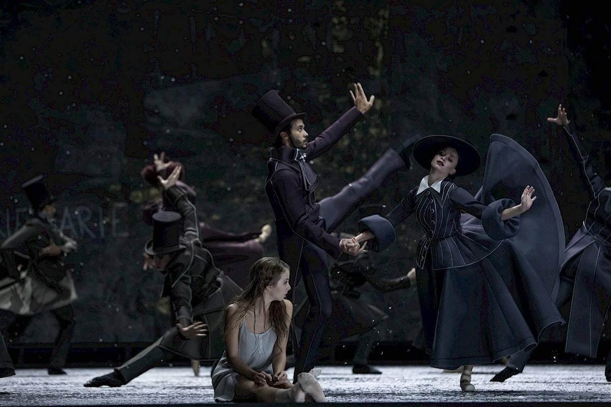 das mädchen mit den schwefelhölzern  ballett  opernhaus