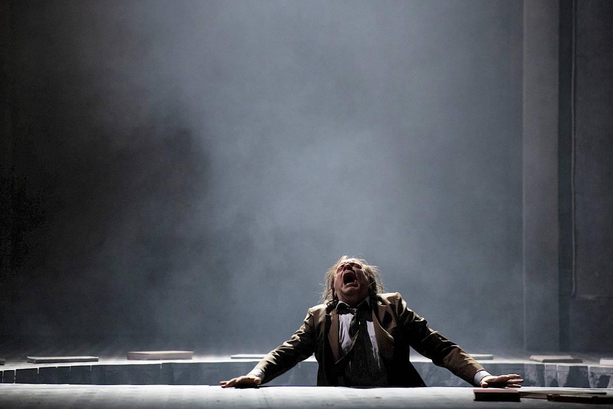 """Szenenfoto von """"Boris Godunow"""" am Opernhaus Zürich"""